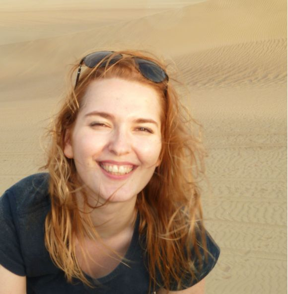 areia no olho em huacachina