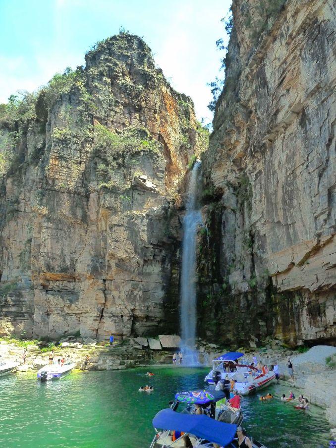 cachoeira nos canyons de capitolio de tarde 2