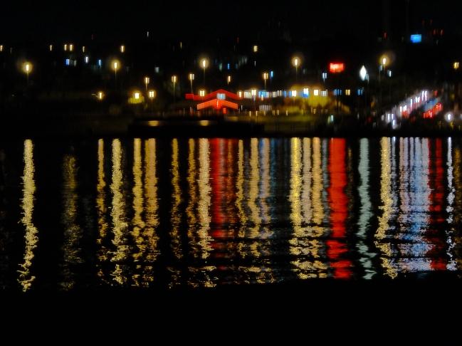 luzes do pontão do lago sul