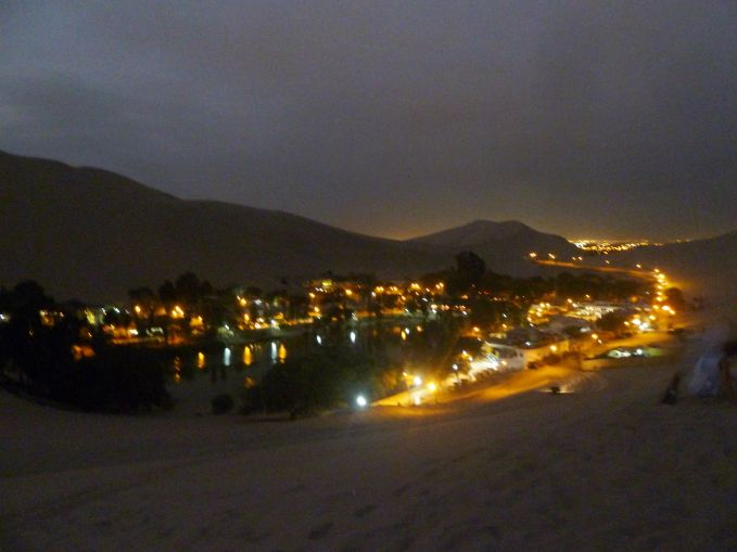 huacachina-de-noite-por-do-sol