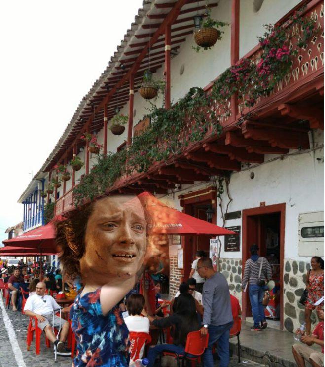 plaza-principal-de-santa-fe-de-antioquia-colombia