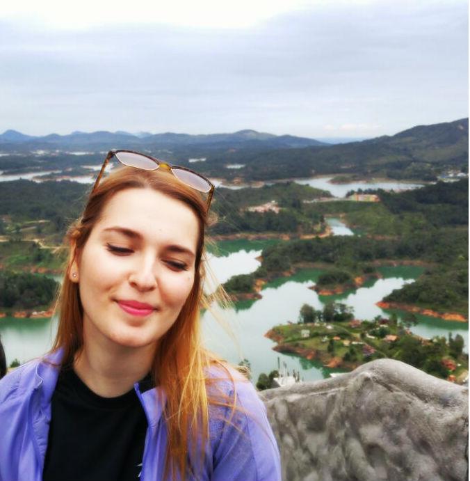 vista-da-piedra-del-penol-guatape-em-dia-nublado-avatar
