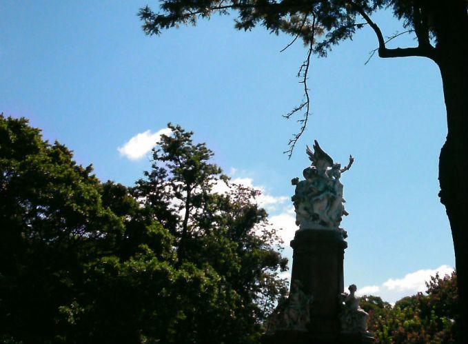 buenos-aires-recoleta-estatuas