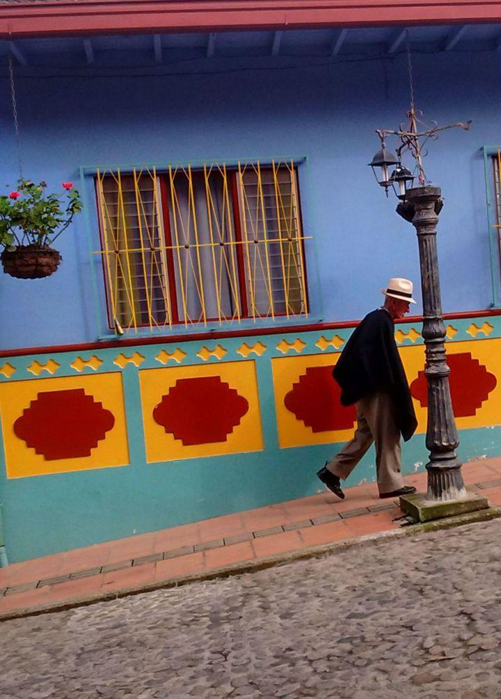ruas-coloridas-de-guatape-na-colombia-7