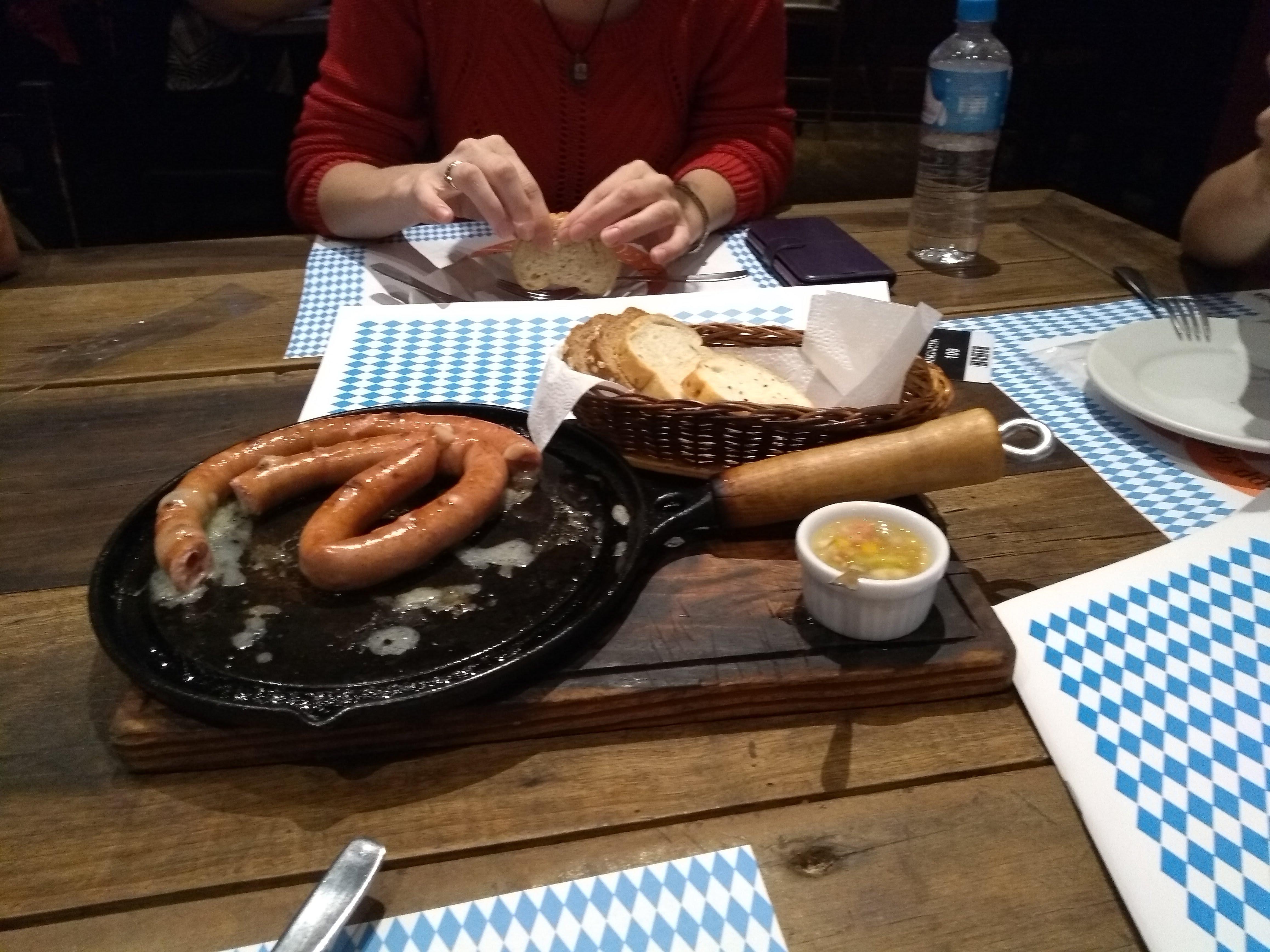 o que fazer e onde comer em joinville biergaten
