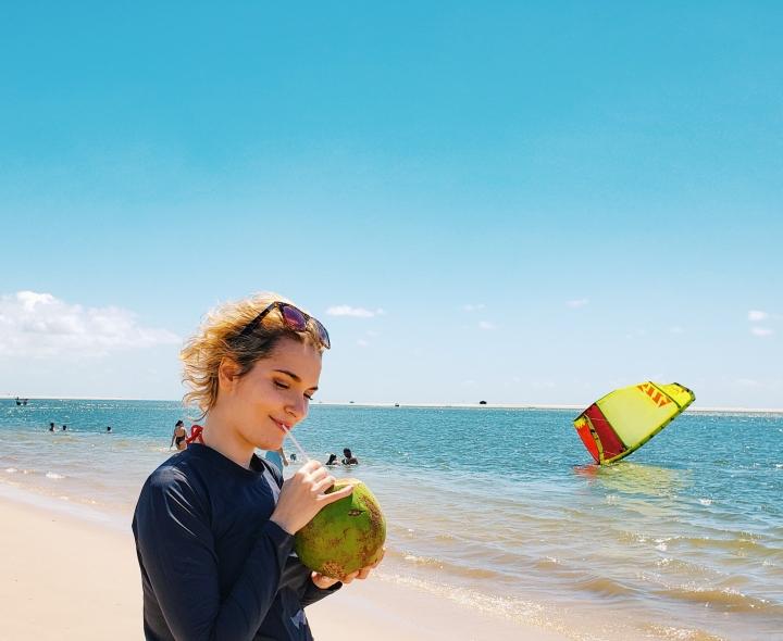 A saga da água de coco em Atins